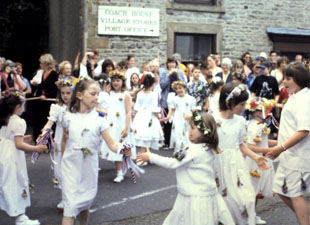 Castleton Ancient Garland ceremony dancing girls